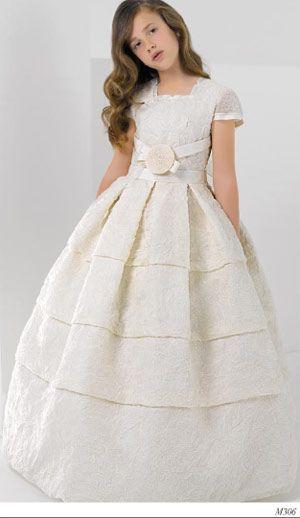 Miquel Suay vestidos de comunion para niñas 2013 modelo 13 trajes de primera comunion - recuerdos de comunion