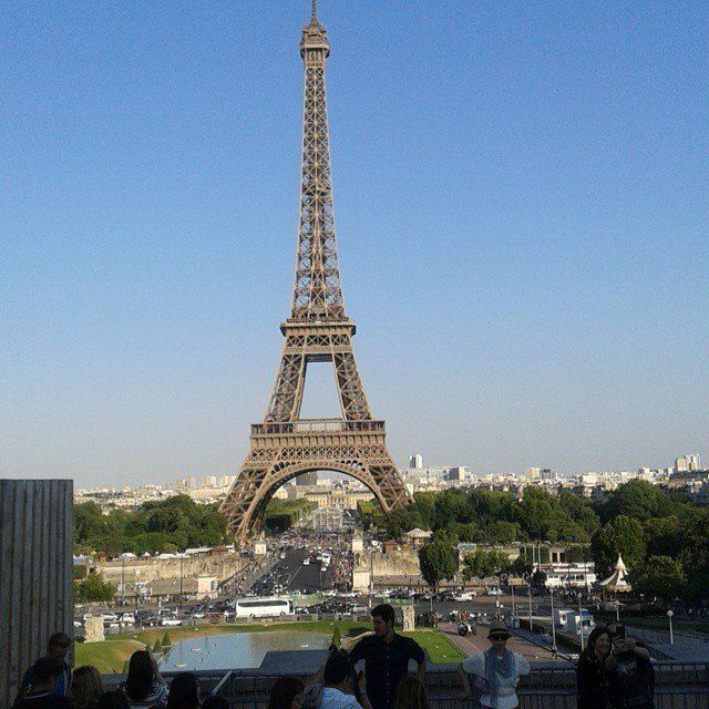 Frankreich- Klassenfahrt 2015 #rouen#altstadt#saint-malo#aquarium#strand#atlantik#baden#mont-saint-michel#paris#eiffelturm#bootsfahrt#métro#louvre#glaspyramide#mona-lisa#museum#notre-damm#kathedrale#napoleon#shoppen#busfahrer#deutschland# by maassy Eiffel_Tower #France