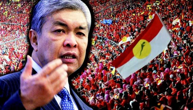 Only Umno follows rule of law not opposition says Zahid   Deputy Prime Minister Zahid Hamidi slams Pakatan Harapan components who 'don't hold branch meetings don't observe party constitution'.  KUALA LUMPUR: Deputy Prime Minister Ahmad Zahid Hamidi made a clear distinction between Umno and its opposition rivals saying the latter did not follow the provisions of the law on political parties.  Addressing Youth Wanita and Puteri Umno members at the official opening of the general assembly for…