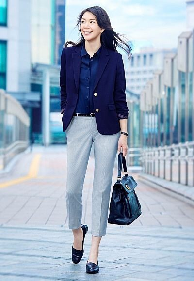 Like the jacket,blouse and bag