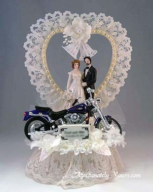 wedding cake toppers with motorbike 1000 ideas about motorcycle wedding on 26637