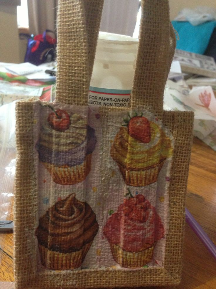 Small hessian gift bags