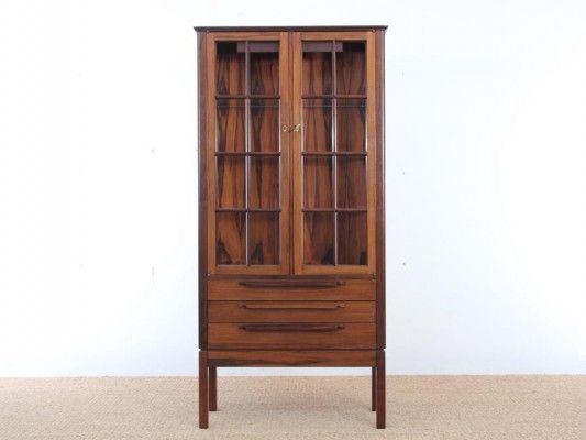 Danish Mid-Century Modern Rosewood Display Cabinet for sale at Pamono
