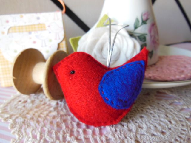 Small Red Felt Bird Dec | Eme Creations | madeit.com.au