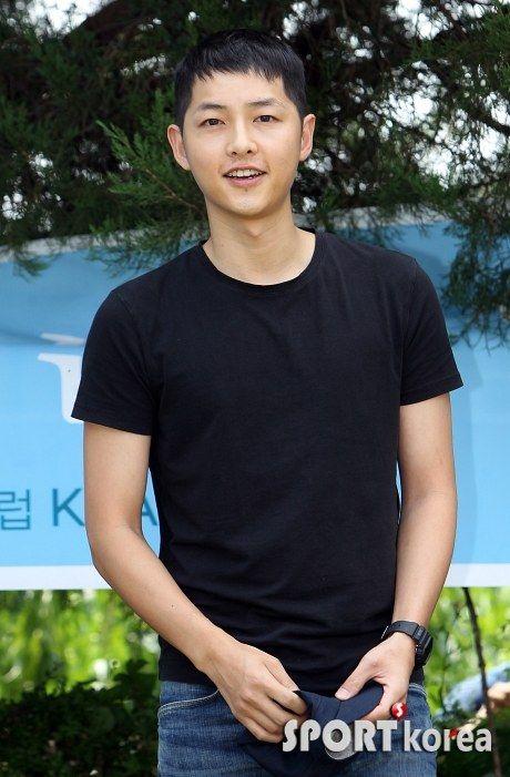 Song Joong Ki's enlistment *35