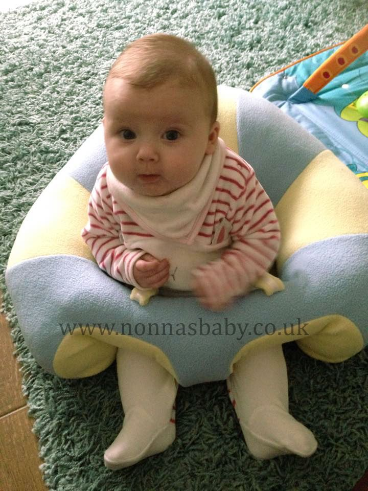 """Isabella loves her new Hugaboo! She looks so cute and happy in it, and mummy Laura said """"My daughter loves her Hugaboo. So happy that she can sit up safely and enjoy it."""" Nonna is delighted! :-) Find out more about the Hugaboo Baby Seat: https://nonnasbaby.co.uk/hugaboo-baby-seat/"""
