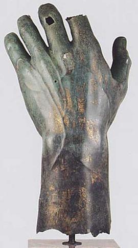 Colossal bronze statue of Constantine: left hand, bronze sculpture, IV C. AD, Palazzo dei Conservatori Museum (Musei Capitolini), Rome