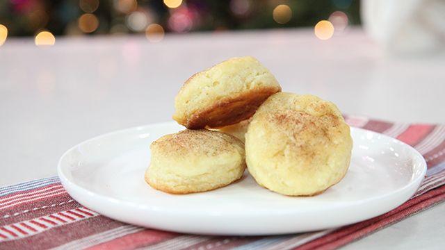 RECIPE: Cinnamon Buttermilk Biscuits #Brunch #Recipe