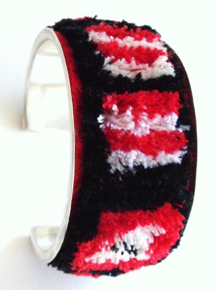 Bracelet/Pulsera afelpada