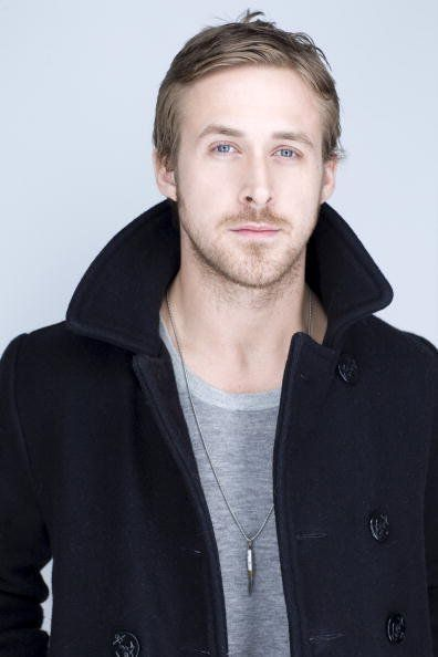 Google Image Result for http://images2.fanpop.com/image/photos/12000000/Blue-Valentine-sundance-Portraits-Ryan-Gosling-ryan-gosling-12070492-396-594.jpg