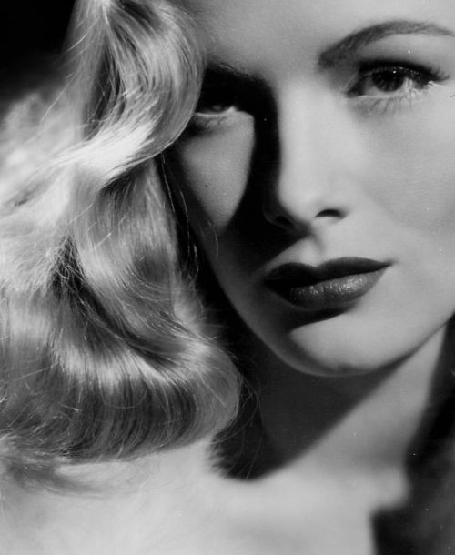 40's Veronica Lake - 1940's stunner famous for her peek-a-boo hairstyle.