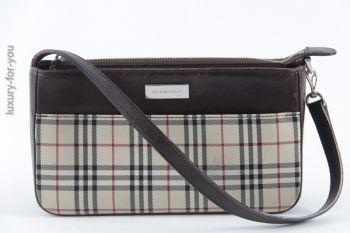 Burberry Handtasche / Pochette in Nova Check mit dunkelbraunen Lederbesätzen