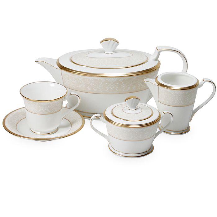 Сервиз чайный, 6 перс, 17 пр, Белый дворец  Посуда из костяного фарфора. Комплектация: 6 чашек, 6 блюдец, сахарница с крышкой (1+1), молочник, чайник с крышкой (1+1). Мыть теплой водой с применением жидкого моющего средства.