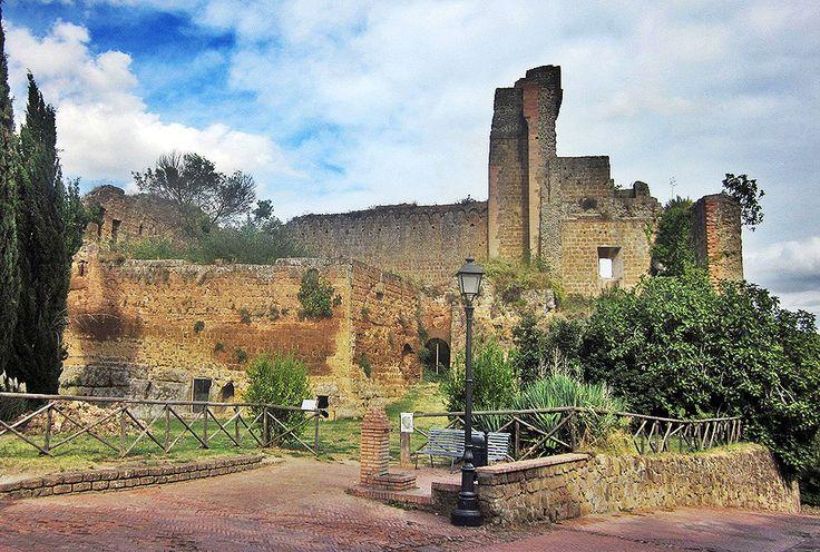 Rocca de Sovana (Toscana, Italia)