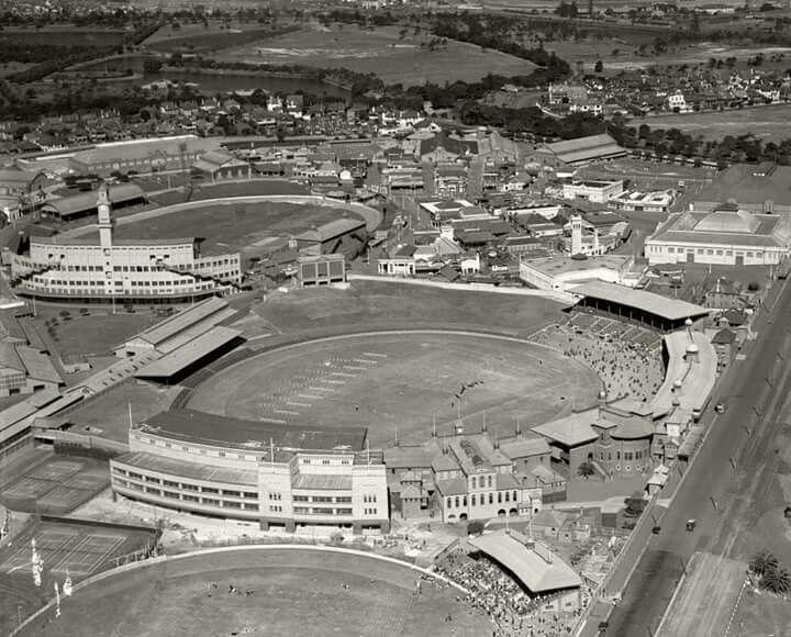 Sydney Showground and Sydney Cricket Ground in 1936. Royal Australian Historical Society.