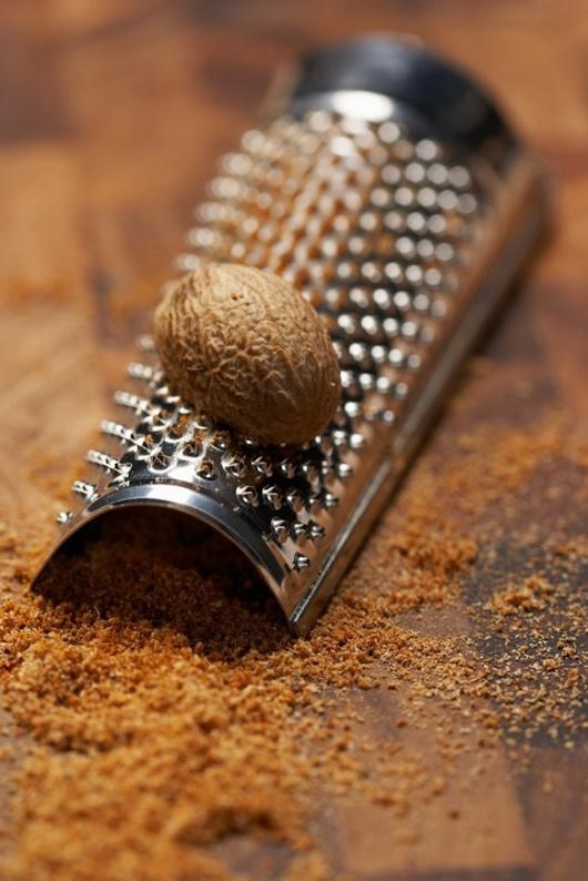 nutmeg (ravensara aromatica) = индийско орехче