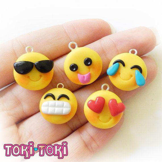 Emoji Bracelet, Emoticon Charm, Smiley Emoticon, Polymer Clay Charm Bracelet…