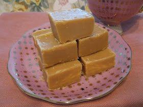 Les qualités de ce sucre à la crème= onctueux, tendre et facile à faire, fait sur la cuisinière avec du Lait Eagle Brand je préfère cett...