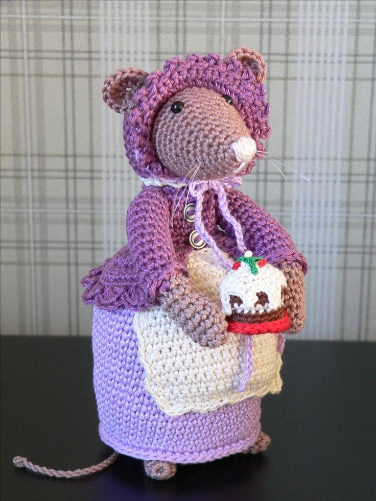 muisje, basispatroon: madison mouse, van made with love by antoinette, met enkele aanpassingen.