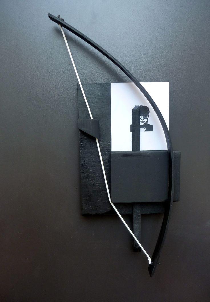 Giorgos Papadatos, Notes on trapping, (Balibar with bow trap),32x15x5, 2011