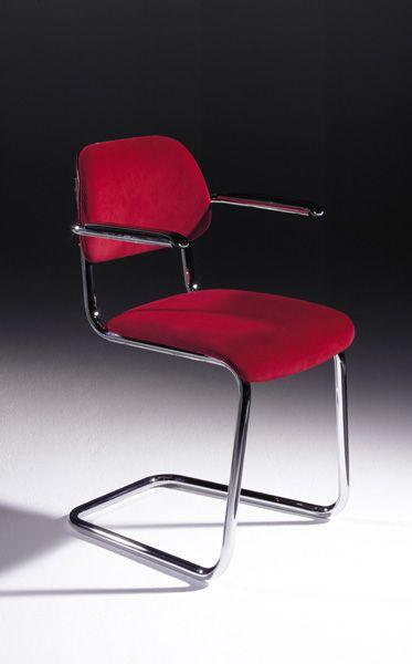 Lande Jami chair. Classic chair, fabric, sledge.............. Klassieke stoel, stof, slede onderstel