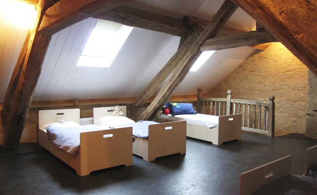 Holiday home, Burgundy (France), children's dormitory, www.8aa.nl