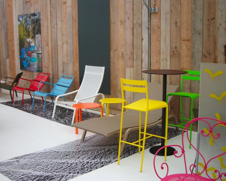1000 id es sur le th me chaises hautes sur pinterest for Chaises colorees