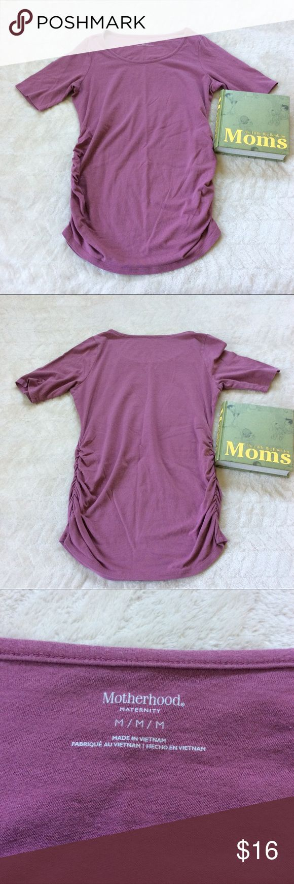 ADD TO YOUR BUNDLE: Motherhood Maternity Size M Motherhood Maternity Short sleeve Top in a Beautiful mauve color. Featuring ruching on the sides for that growing belly.  CHOOSE YOUR OWN MATERNITY BUNDLE FOR A GREAT DEAL.   71417-8 Motherhood Maternity Tops Tees - Short Sleeve