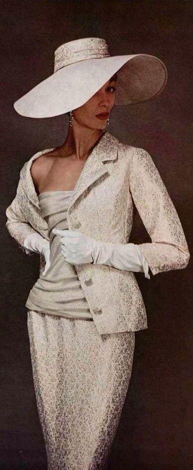 discount luxury bags  Corlia PetersScaf on retro