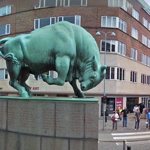 Cimbrer Bull by Anders Bundgaard, Aalborg, Denmark - street view