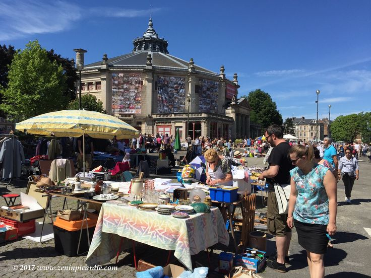 2day big #Fleamarket @ Amiens Henriville Circus Jules Verne! #SundayFunday #Rederie #collectibles #decoration #yardsale #Picardie #France