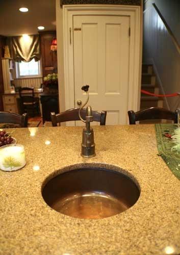 handy little kitchen island sink