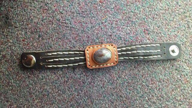 Gemstone leather bracelet