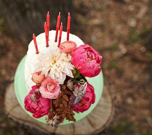 pretty cake.Cake Recipe, Colors Combos, Happy Birthday, Cake Flower, Birthday Parties, Pretty Cake, Fresh Flower, Birthday Cake, Flower Cake