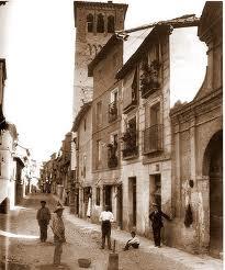Calle de Santo Tomé, Toledo, España.