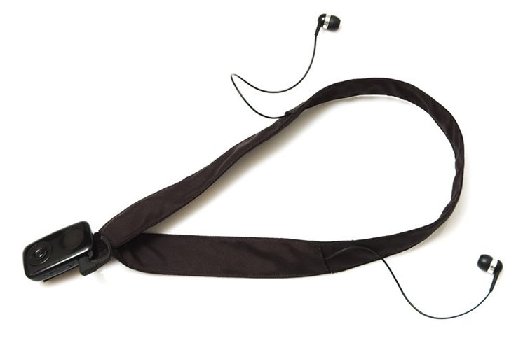 A neck strap to carry your MP3-player which also conceals the cables. Easy project for beginners.