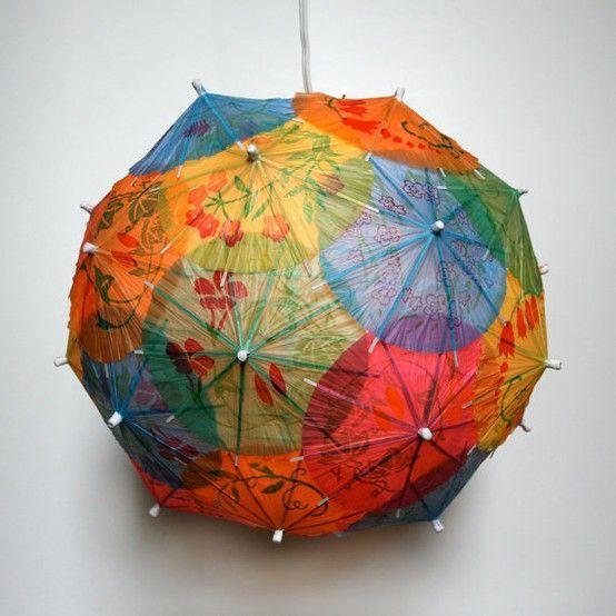 Onderwijs en zo voort ........: 1777. Sint Maarten : Lampion van parasolletjes