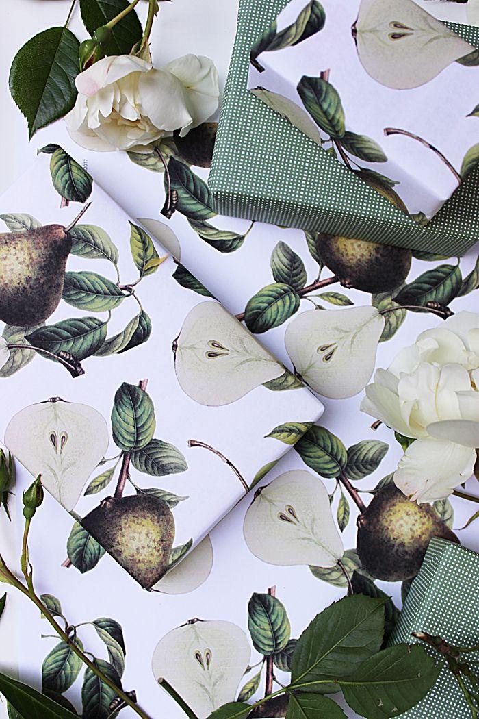 Free Download | Vintage Pear Gift Wrap + Wallpaper | Poppytalk