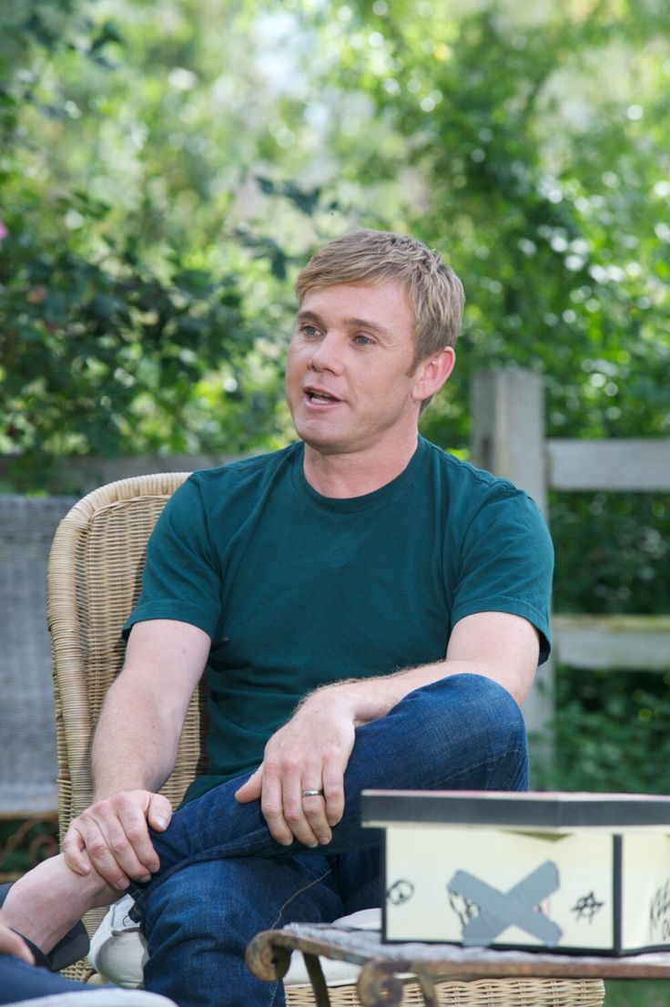Celebdudefeet Ricky Schroder Barefoot Amp Famous In
