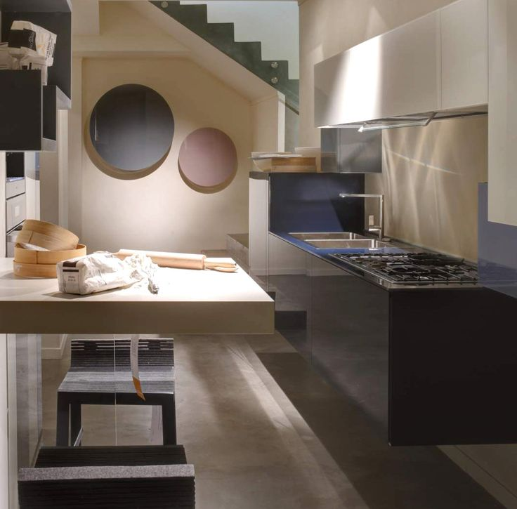 Micro space, smart #interiordesign solutions °°° A made to measure #kitchen °°° LAGO #design