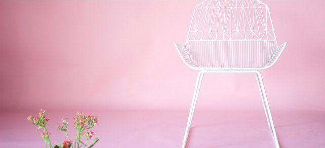 Sillas de alambre, un diseño creado por Bend en Los Ángeles