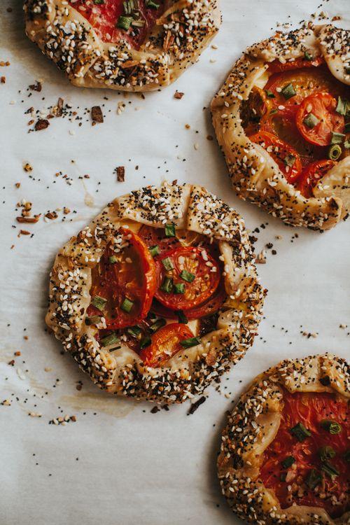 tomato galette-1.jpg