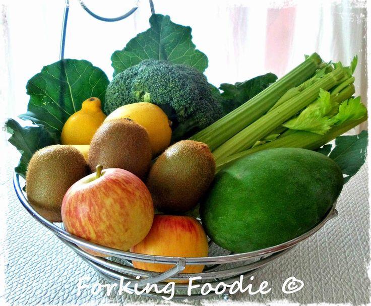 Forking Foodie: Simple Green Smoothie