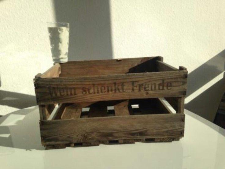 https://www.ebay-kleinanzeigen.de/s-anzeige/weinkisten-mit-patina-grosser-vorrat-koeln-innenstadt-abholbar-/709378376-246-989