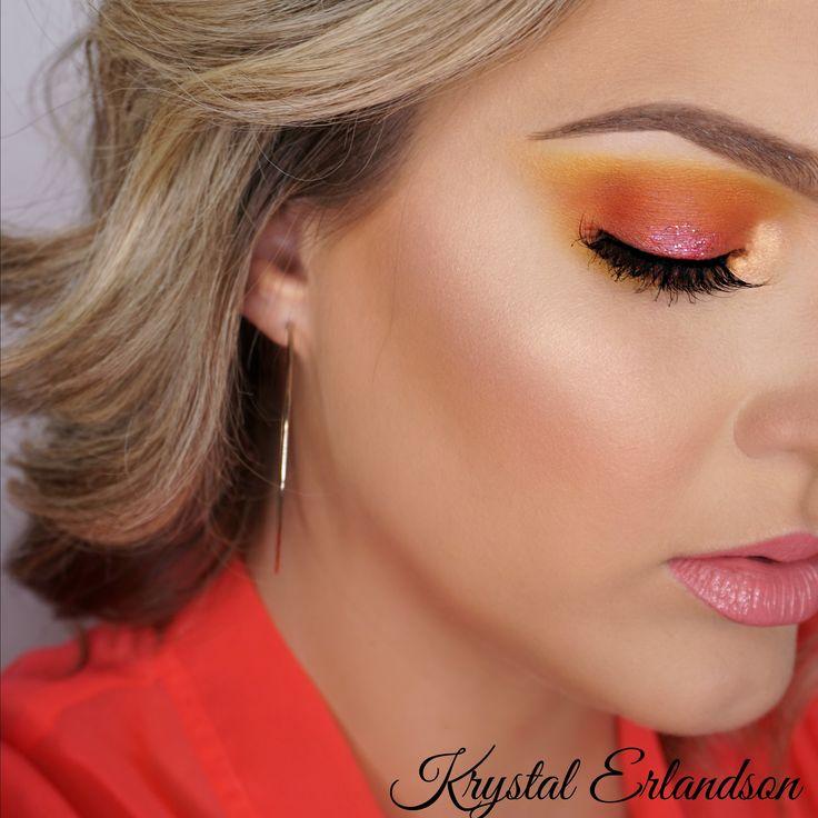 Hibiscus Makeup Tutorial by Krystal Erlandson. Makeup Geek Eyeshadow in Chickadee, Early Bird, Hot Pants, Morocco, Poppy and Simply Marlena. Makeup Geek Duochrome Highlighter in Psychedelic.