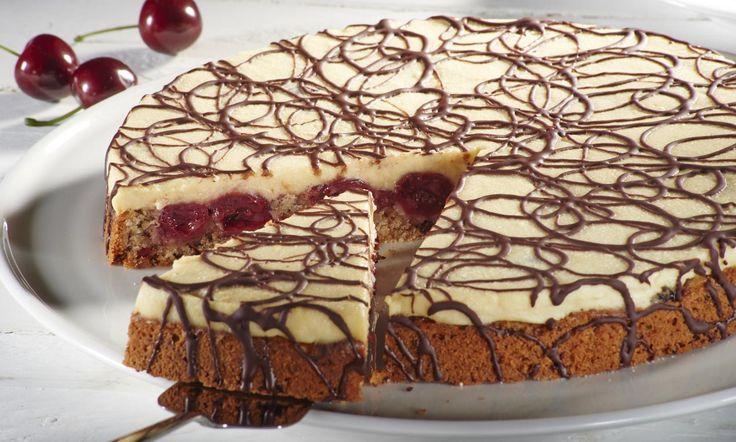 Veganer Marzipan-Kirschkuchen Rezept: Obstkuchenmit Kirschen und Marzipanguss - Eins von 5.000 leckeren, gelingsicheren Rezepten von Dr. Oetker!