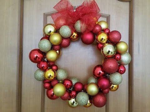 Ghirlanda di Natale con le palline,Tutorial  Christmas  Ornament  Wreath - YouTube