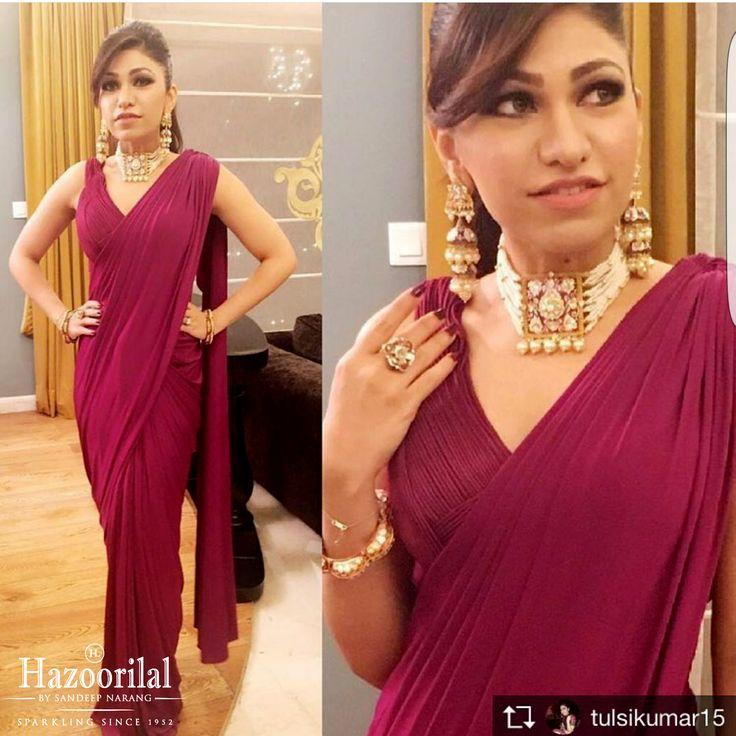Repost from @tulsikumar15 So the Diwali festivities begin 😁✨🎆💥🎇 Wearing exquisite jewellery by @hazoorilaljewellers 😍
