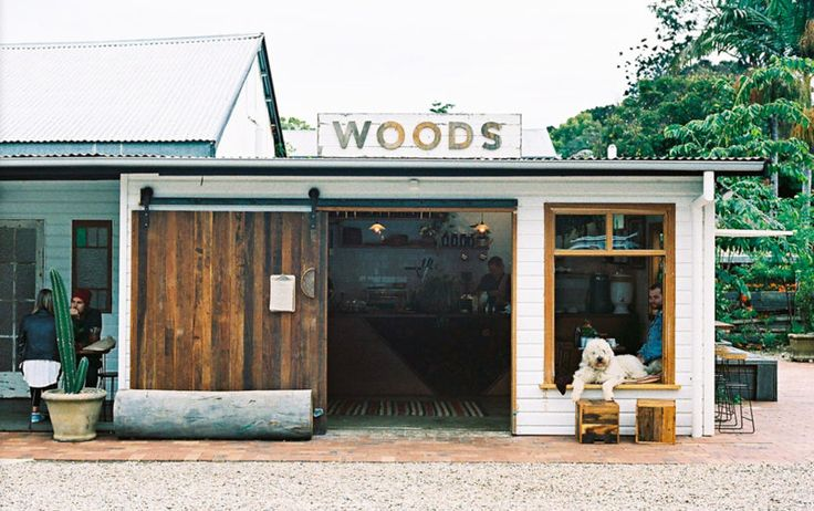 If you're looking for a change of scene on the weekend, head for Bangalow—a stone's throw from Byron Bay and less than an hour's drive from the Gold Coast.