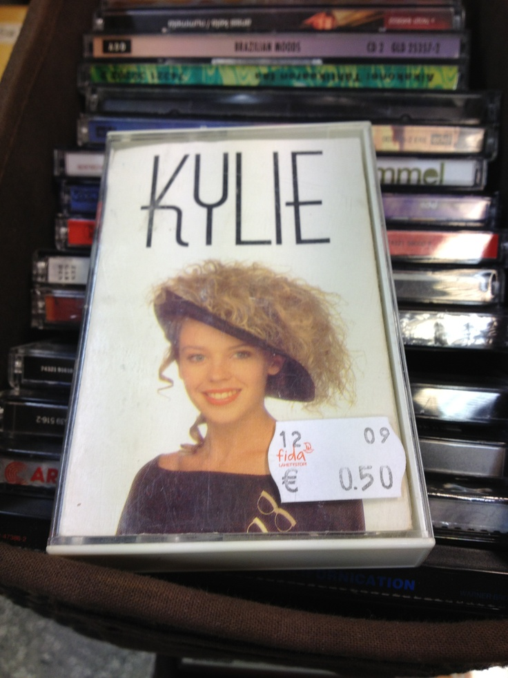 Kylie Minogue's debut album from 1988 - as a C cassette tape, spotted in a very good condition at a thrift store. Kyllin eka levy erittäin hyväkuntoisena c-kasettiversiona kirpparilla. Piti ostaa pois.